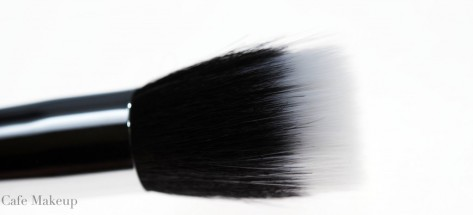 Chanel-Foundation-Brush1-1024x466